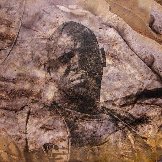 Guet Ndaru Mool III - Size: 50 x 50 cm. Price € 350.00